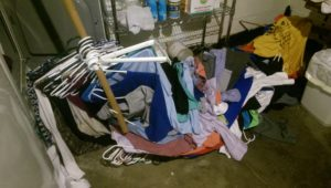 Laundry collapse